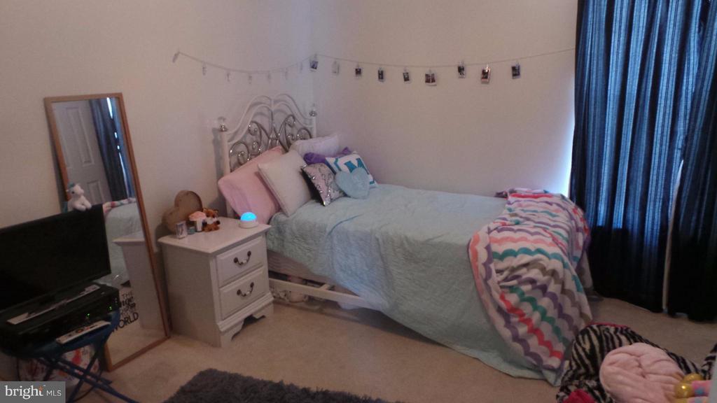 Bedroom - 6917 HAWTHORNE WOODS CIR, FREDERICKSBURG