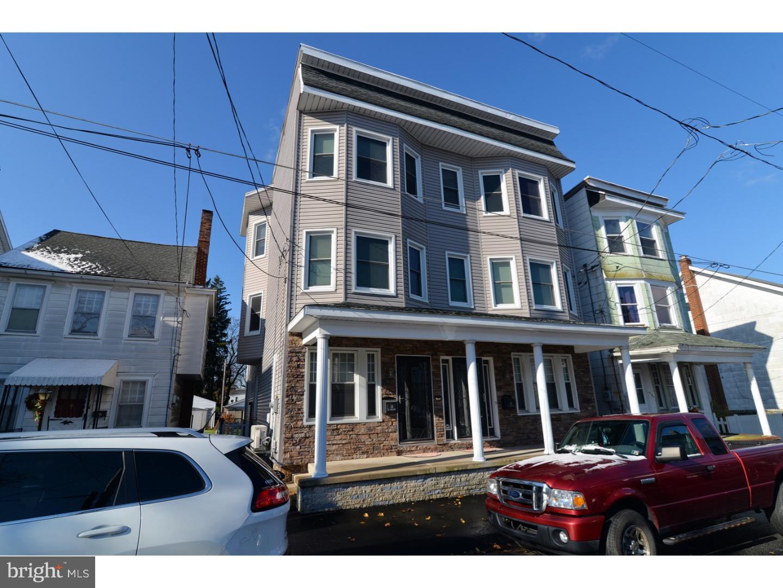 Μονοκατοικία για την Πώληση στο 14 N BALLIET Street Frackville, Πενσιλβανια 17931 Ηνωμενεσ Πολιτειεσ