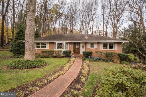 Property for sale at 1548 Forest Villa Ln, Mclean,  VA 22101