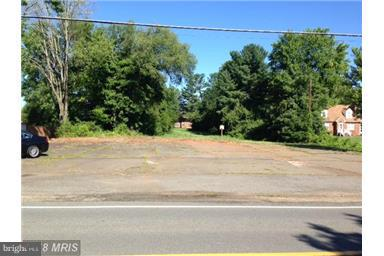 Commercial for Sale at 502 James Madison St 502 James Madison St Remington, Virginia 22734 United States