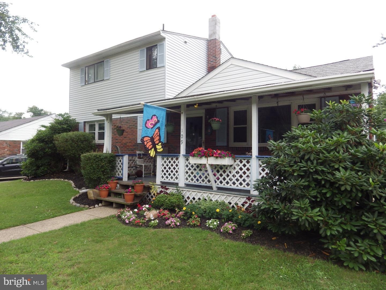 Photo of home for sale at 109 Maurer Avenue, Laurel Springs NJ