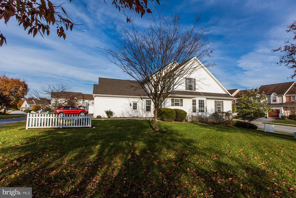 625  CHATHAM WAY, Manheim Township in LANCASTER County, PA 17543 Home for Sale