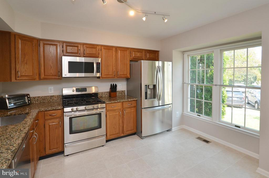 Stainless Steel Appliances - 44067 LACEYVILLE TER, ASHBURN
