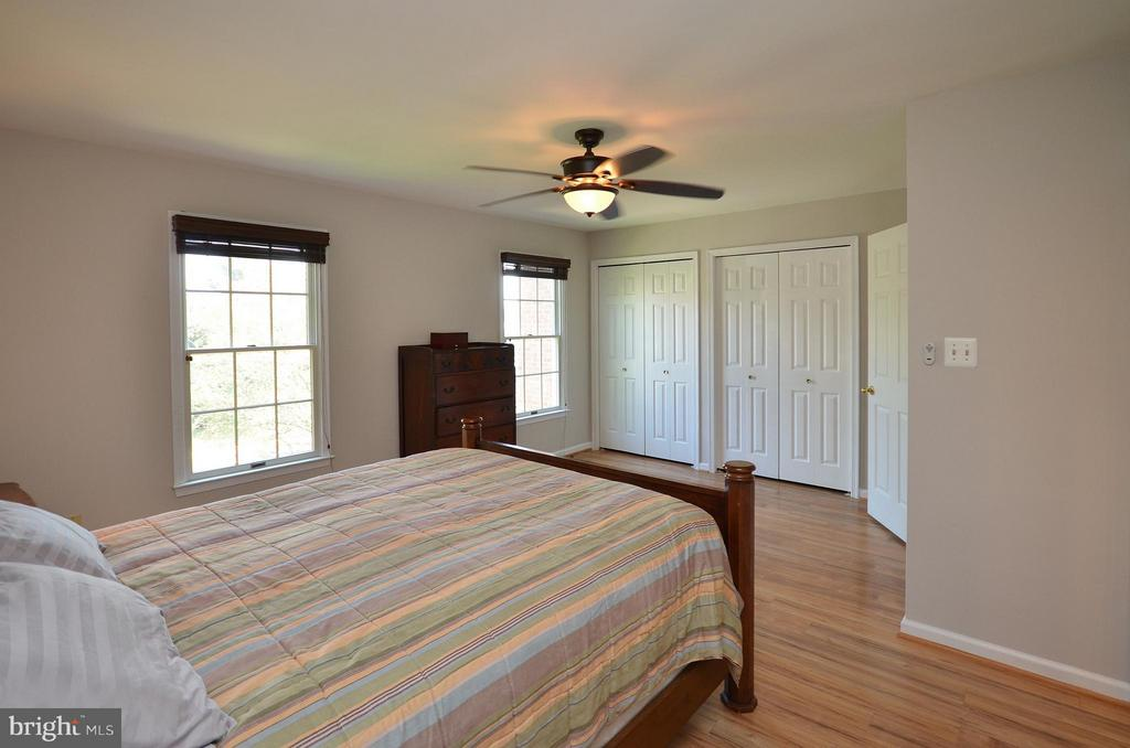 Master Bedroom with Double Closets - 44067 LACEYVILLE TER, ASHBURN