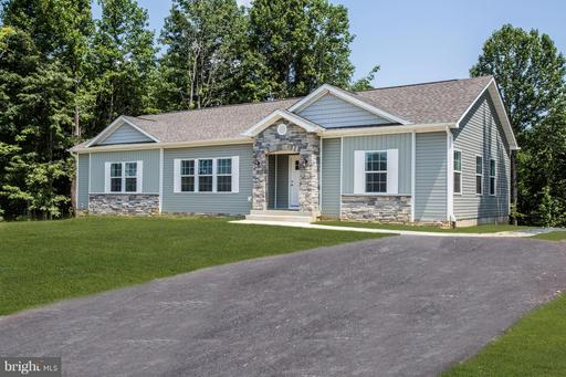 127 HICKORY HILL OVERLOOK CT