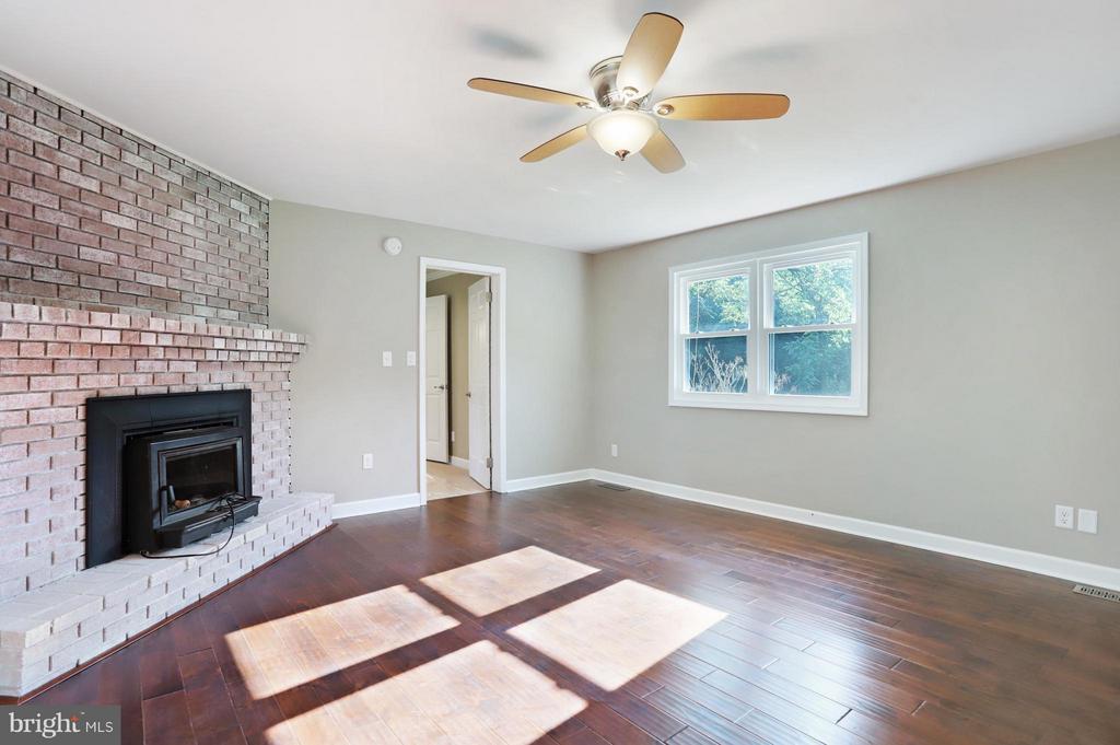 Living Room - 5624 ARDEN NOLLVILLE RD, MARTINSBURG