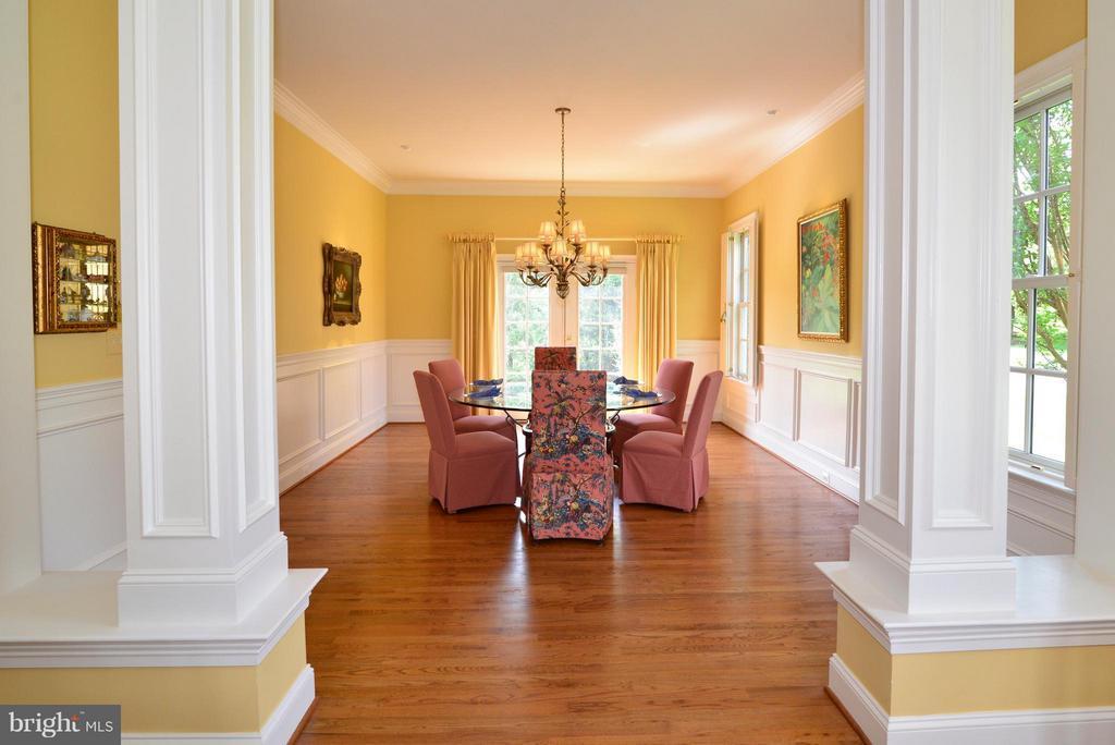 Formal dining room - 41707 PUTTERS GREEN CT, LEESBURG