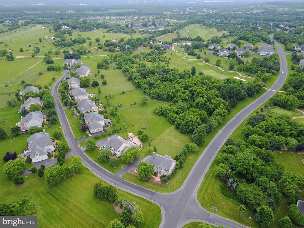 View from sky - 15th hole of golf course is behind - 41707 PUTTERS GREEN CT, LEESBURG