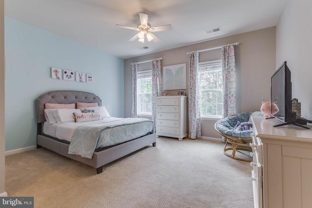 Bedroom 4 - 41848 RAWNSLEY DR, ASHBURN