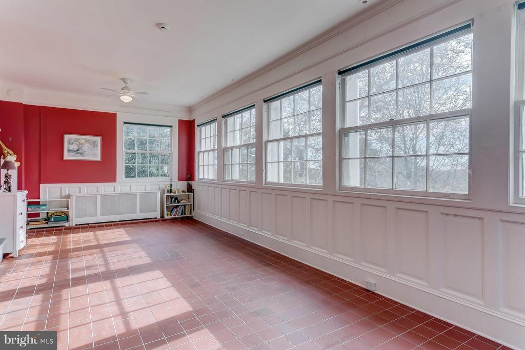 2nd Floor Sunroom - 918 GREENSPRING VALLEY RD, BROOKLANDVILLE