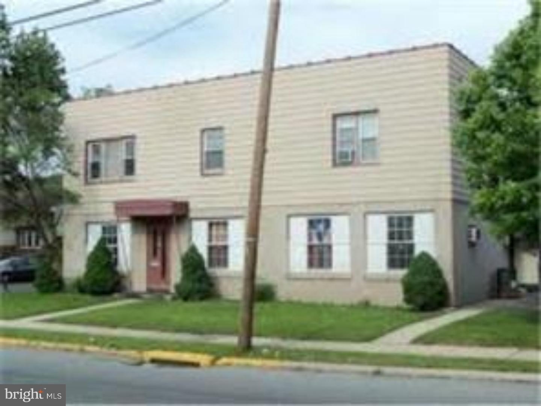 Vivienda unifamiliar por un Alquiler en 4877 KUTZTOWN Road Leesport, Pennsylvania 19560 Estados Unidos