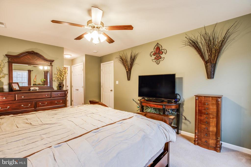 Another master bedroom angle - 2521 REGENCY DR, FREDERICKSBURG