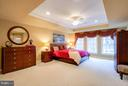 The first upper level has a master bedroom suite - 18332 BUCCANEER TER, LEESBURG