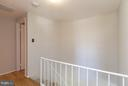 Upper level hall - 9647 LINDENBROOK ST, FAIRFAX