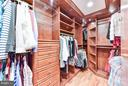 Second master closet - 472 BELMONT BAY DR, WOODBRIDGE