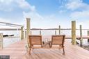 Beautiful sun deck on spacious dock - 472 BELMONT BAY DR, WOODBRIDGE