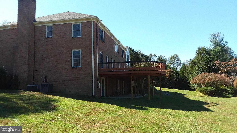 Additional photo for property listing at 13110 Cedar Ridge Dr 13110 Cedar Ridge Dr Clifton, Virginia 20124 United States