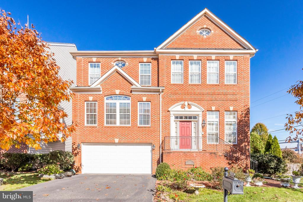 7202  GRAY HEIGHTS COURT, Alexandria, Virginia