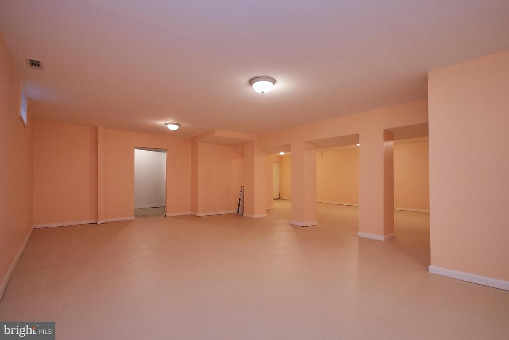 Huge Recreation Room Area - 6515 MILLER DR, ALEXANDRIA