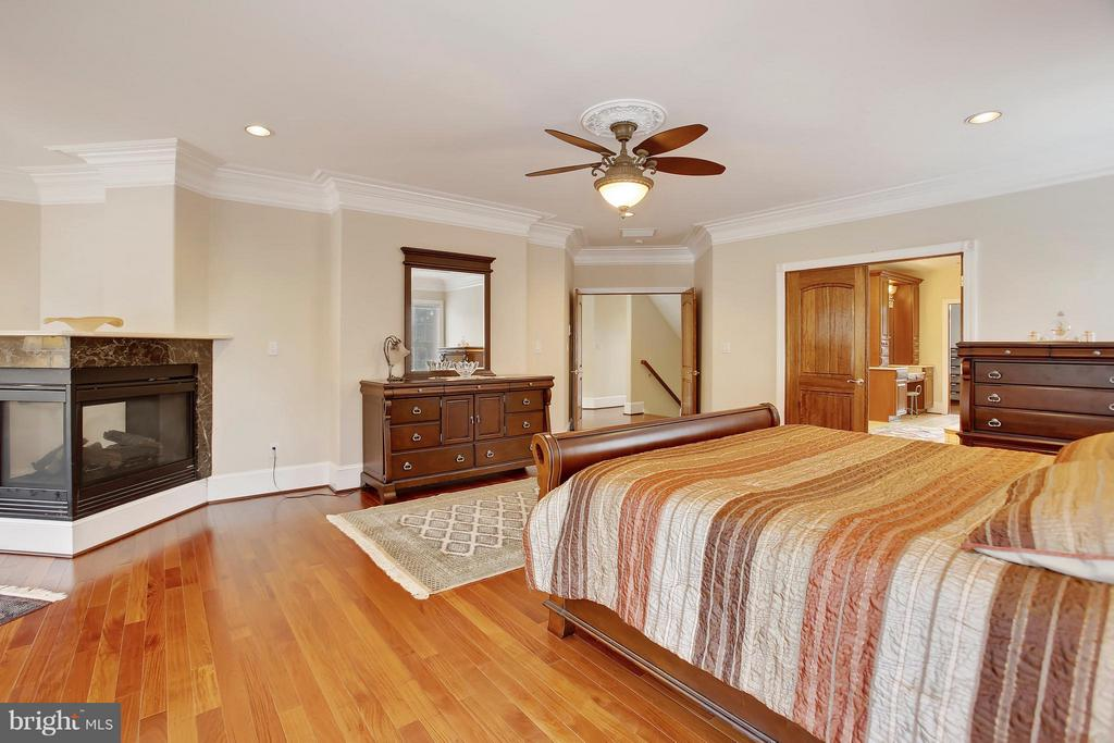 Bedroom (Master) - 22329 ROLLING HILL LN, GAITHERSBURG