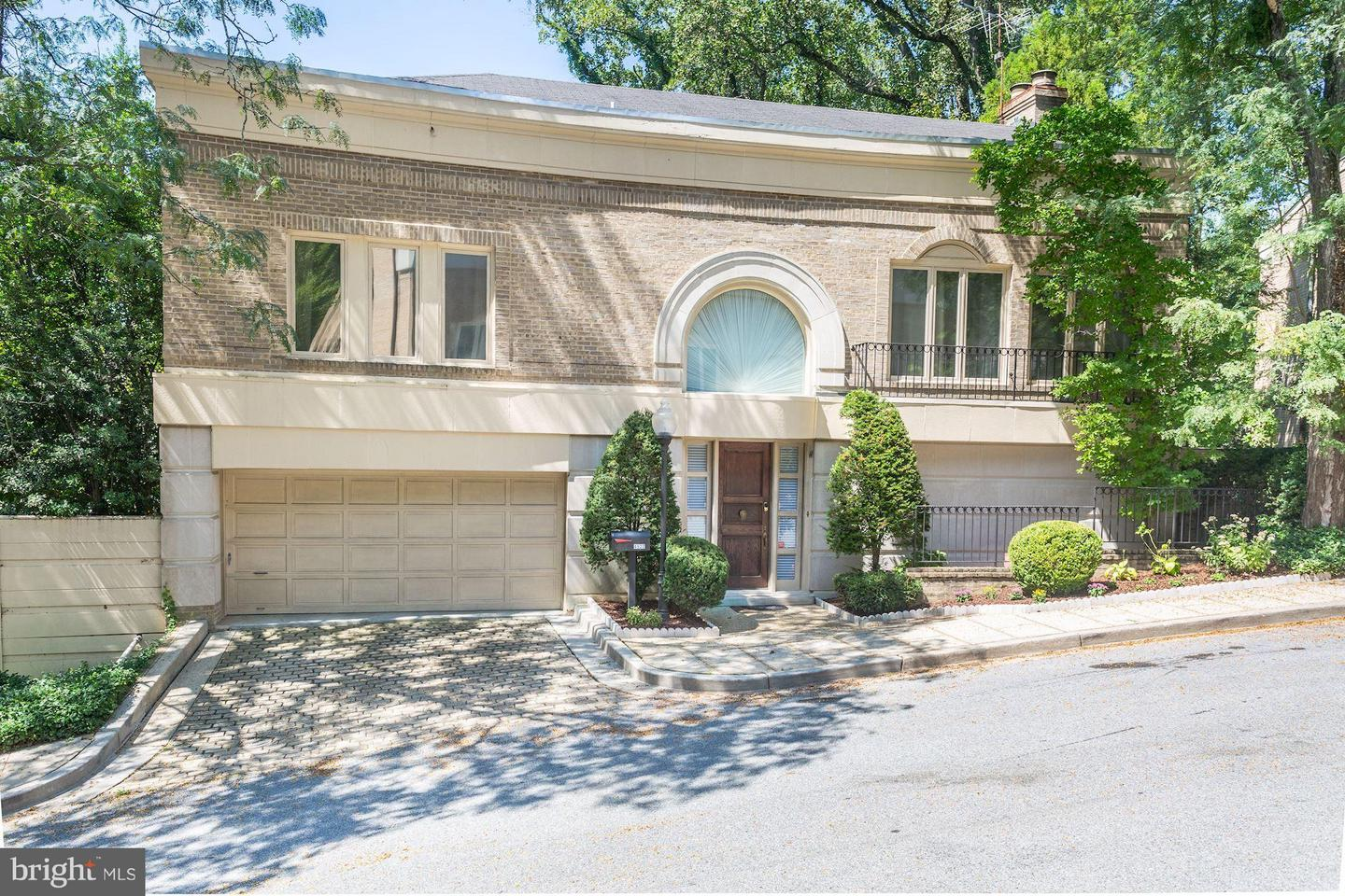 Single Family for Sale at 4522 Foxhall Cres NW Washington, District Of Columbia 20007 United States