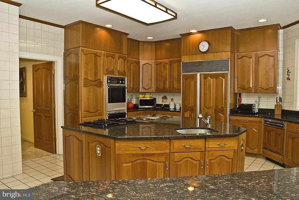 Kitchen - 9583 POSSUM HOLLOW DR, DELAPLANE