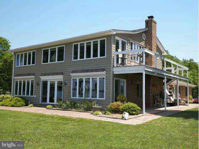 Single Family Homes pour l Vente à Avenue, Maryland 20609 États-Unis