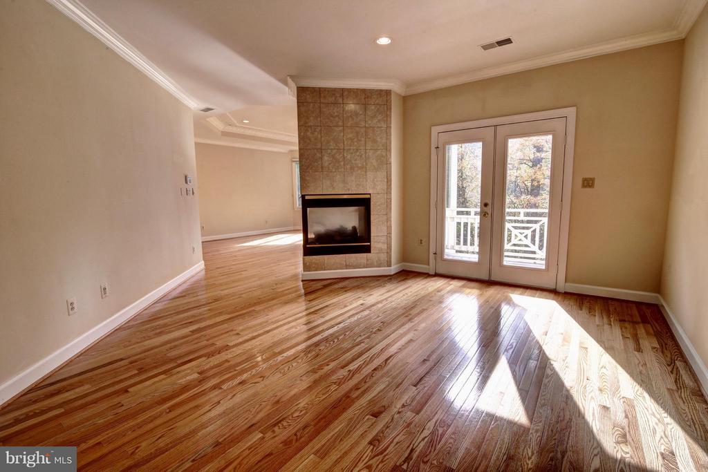 Bedroom (Master) - 7845 MONTVALE WAY, MCLEAN