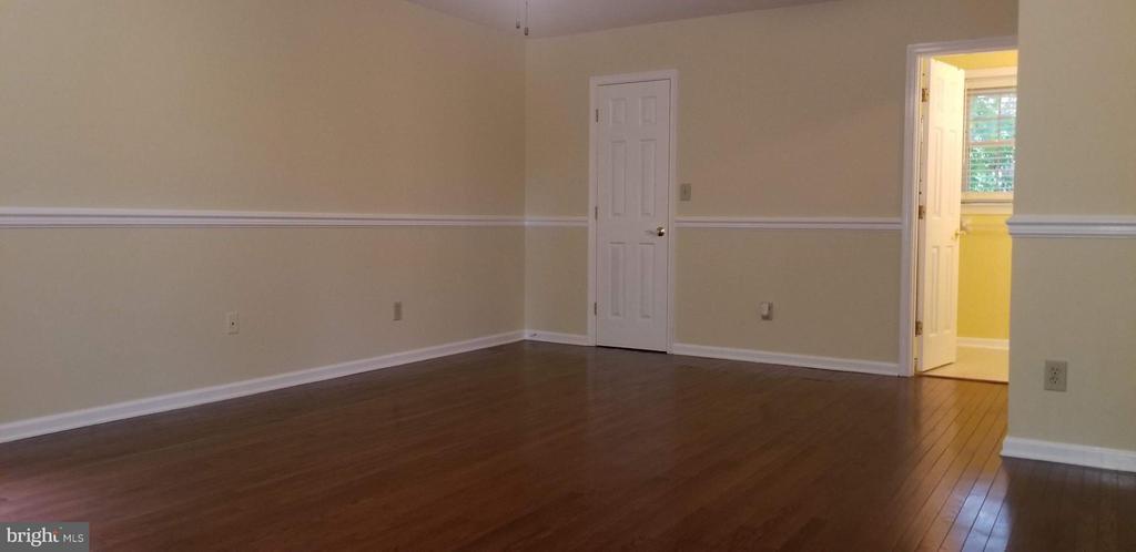 Bedroom (Master) - 2 BUXLEY CT, FREDERICKSBURG