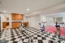 Spacious rec rm great for pool table or theater rm - 8615 LEE JACKSON CIR, SPOTSYLVANIA