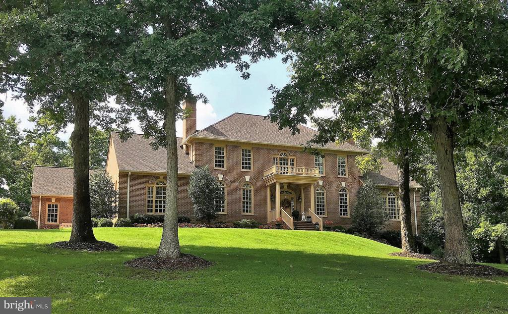 All Brick Custom Built Estate  Home on  2 Acres! - 8615 LEE JACKSON CIR, SPOTSYLVANIA