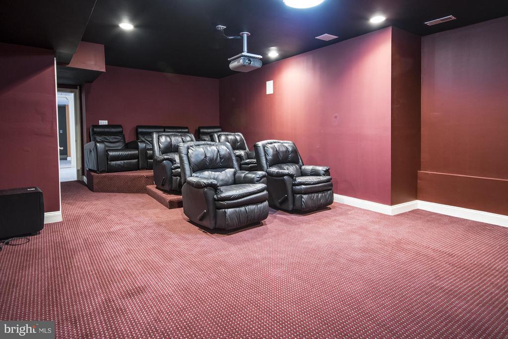 Lower Level Home Theater - 3712 FAIRWAYS CT, FREDERICKSBURG