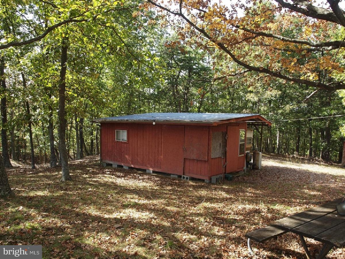 Photo of home for sale at 1703 White Oak Drive, Upper Tract WV