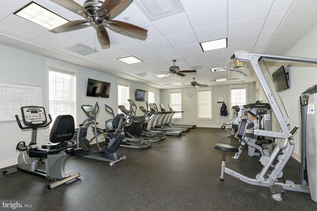 Community Exercise Room - 21007 ROCKY KNOLL SQ #105, ASHBURN