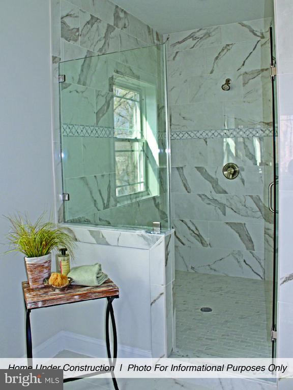 Bath (Master) - 6617 GREENLEAF ST, SPRINGFIELD