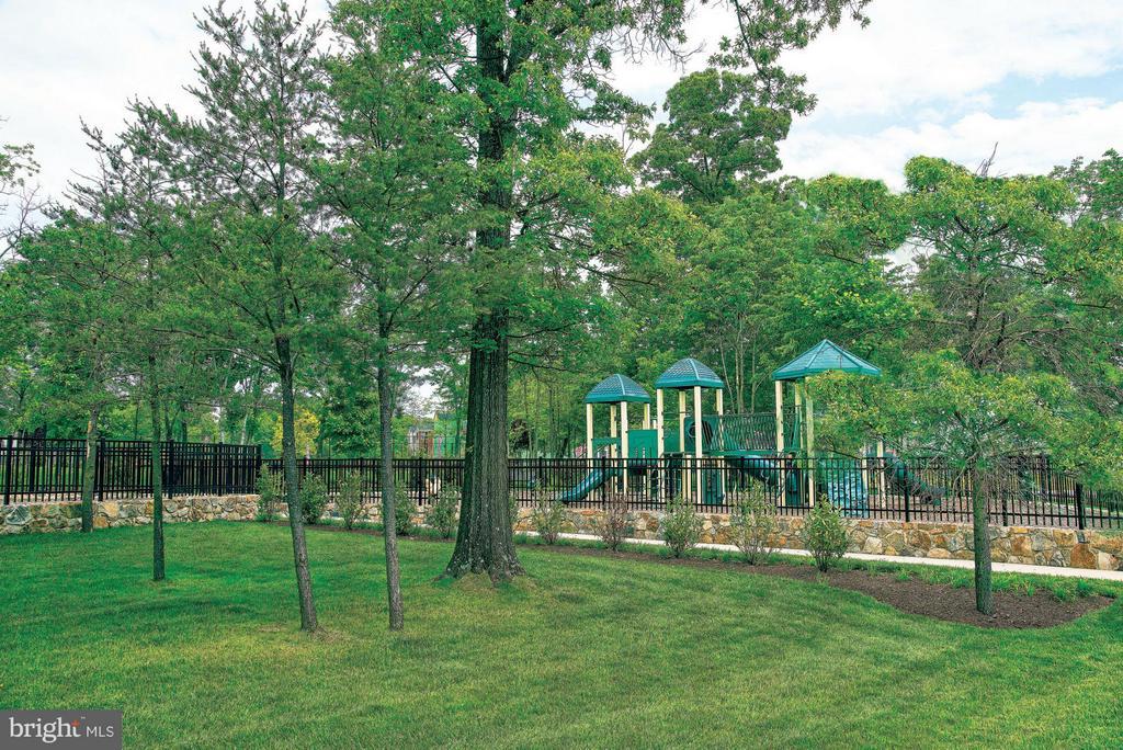 Community Parks & Tot Lots - 43021 GREGGSVILLE CHAPEL TER #109, ASHBURN