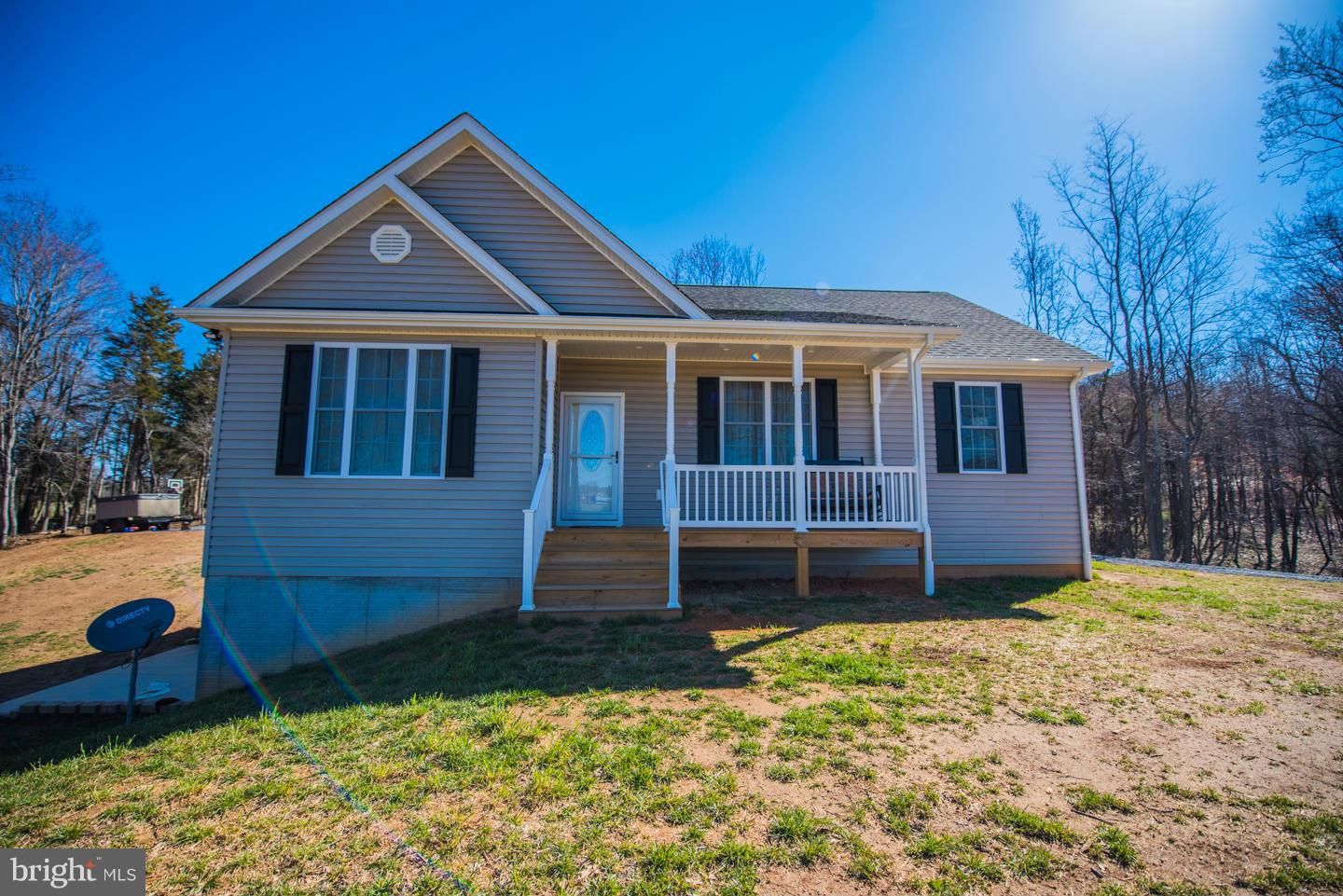 Photo of home for sale at 47 Luchase Road, Linden VA
