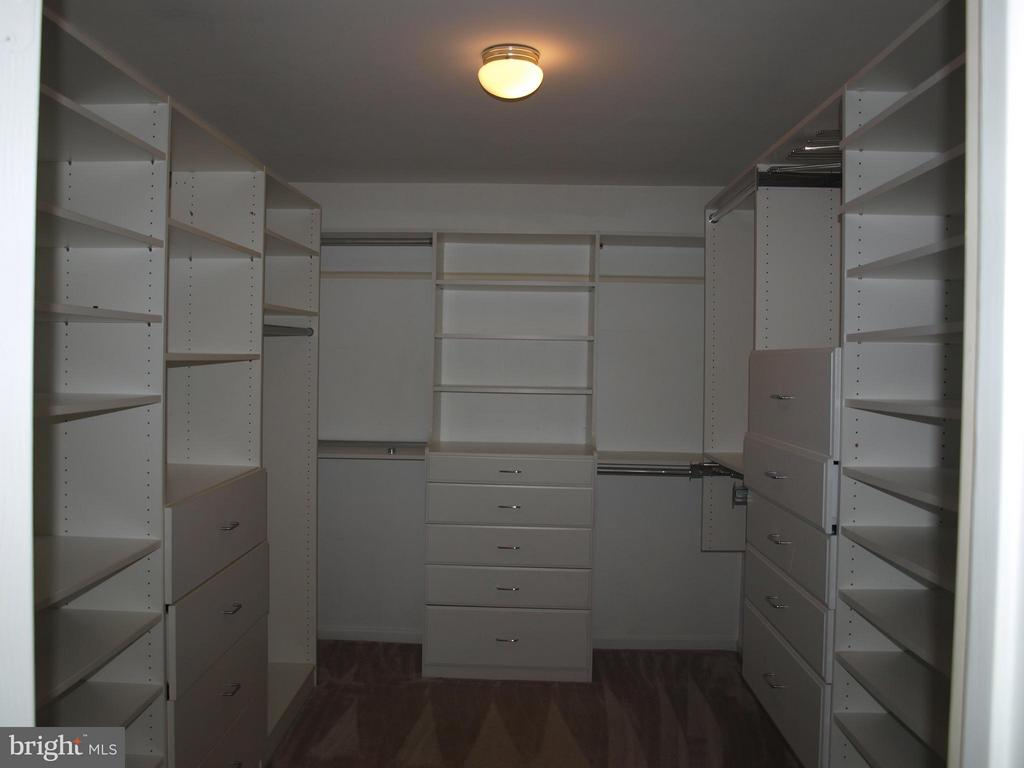 Check out the Custom Closet - 47567 COLDSPRING PL, STERLING