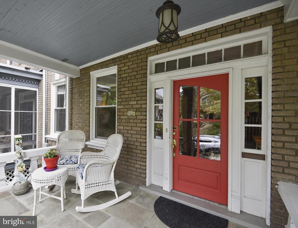 Welcome Home to 1622 Allison! - 1622 ALLISON ST NW, WASHINGTON