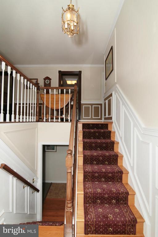 Foyer - 6055 PARK WOODS TER, BURKE