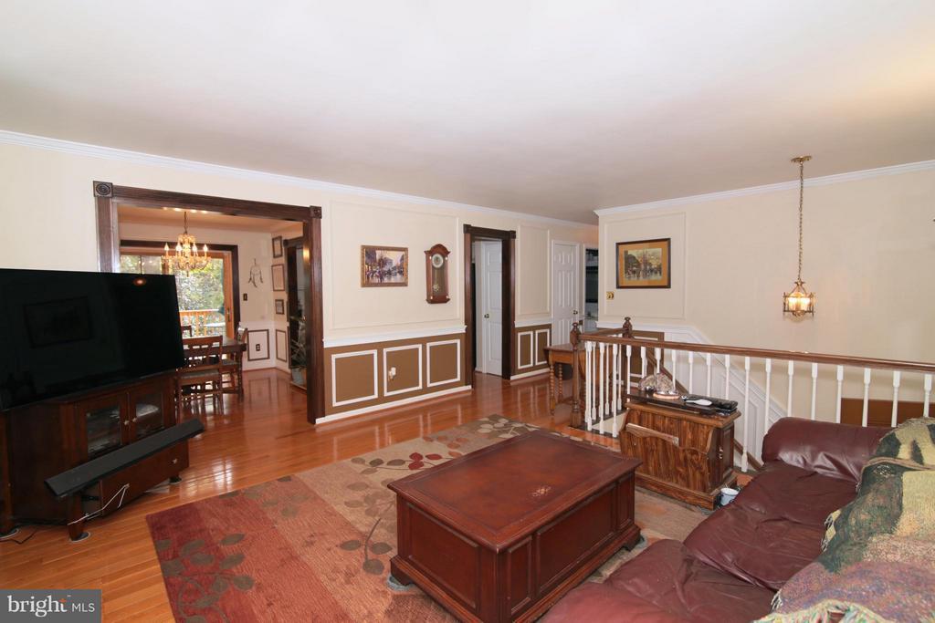 Living Room - 6055 PARK WOODS TER, BURKE