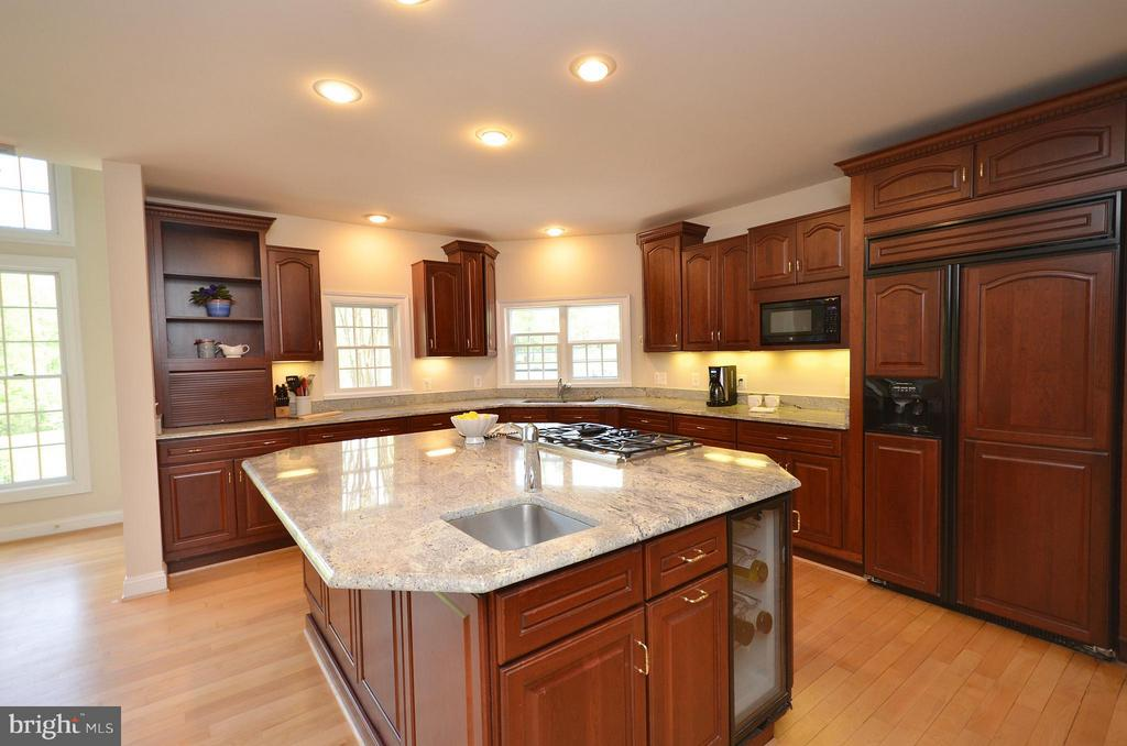 Kitchen - 41155 TROTTER LN, PAEONIAN SPRINGS