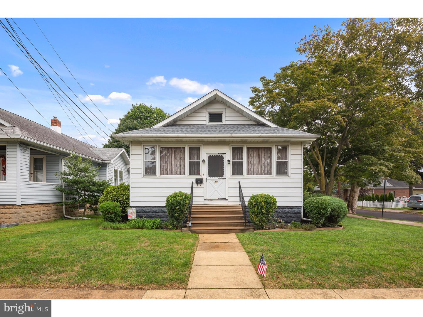 Single Family Home for Sale at 27 E GREENWOOD Avenue Haddon Township, New Jersey 08107 United States