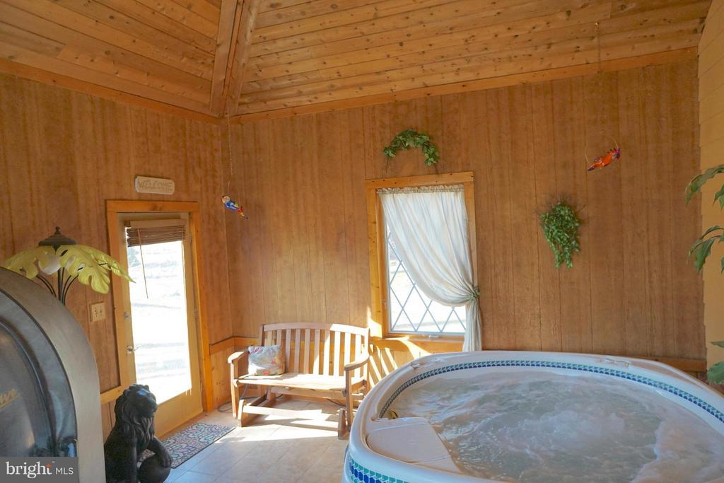 Spa Retreat-16 Foot Red Wood Ceiling - 3970 PANHANDLE RD, FRONT ROYAL