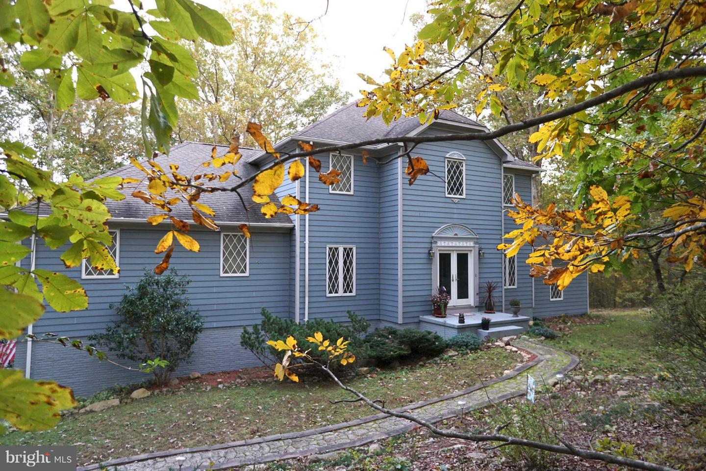 Photo of home for sale at 3970 Panhandle Road, Front Royal VA