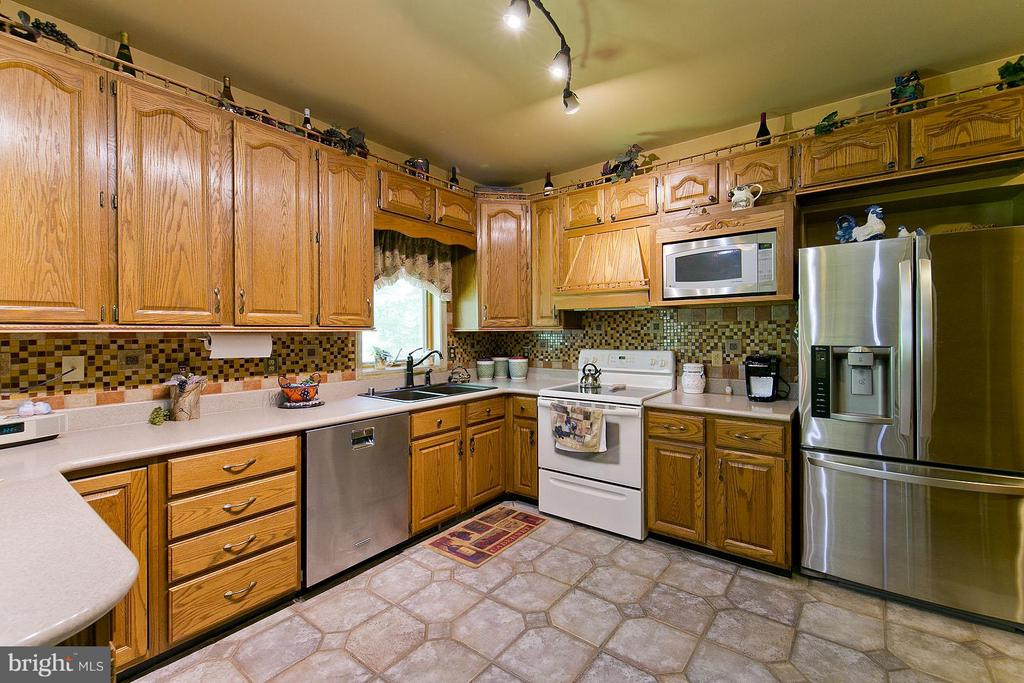 Kitchen - 3970 PANHANDLE RD, FRONT ROYAL