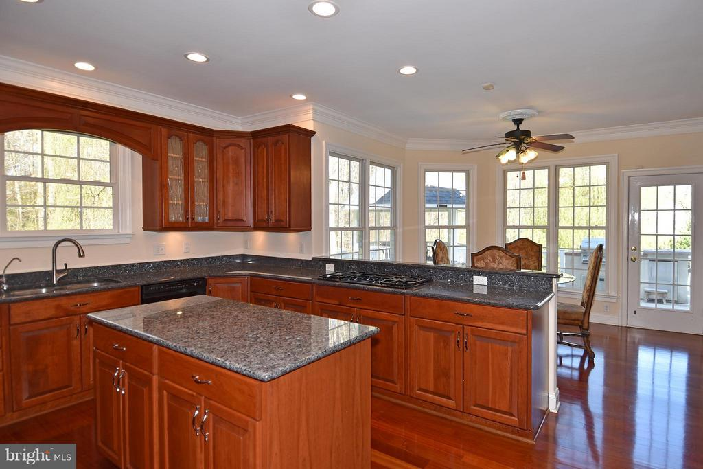 Lots of natural light through out. - 12612 KAHNS RD, MANASSAS