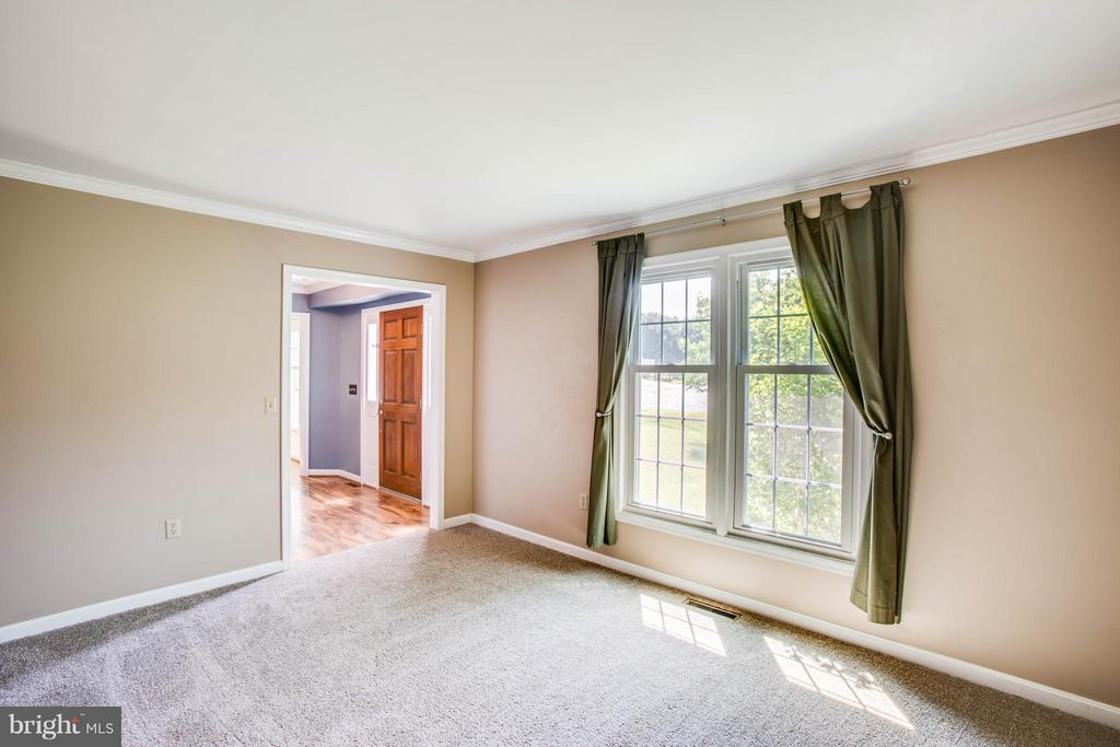 Formal Living Room - 5 STABLE WAY, FREDERICKSBURG