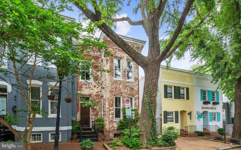MLS DC10372556 in GEORGETOWN