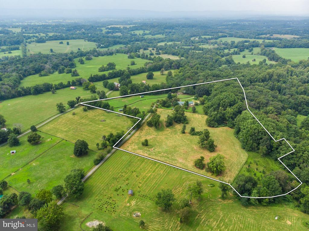 Property lines - 37354 JOHN MOSBY HWY, MIDDLEBURG